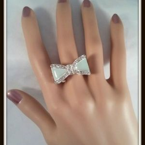 Green Bow Stretch Ring